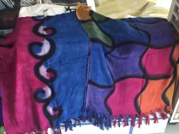 Batik renkli şal